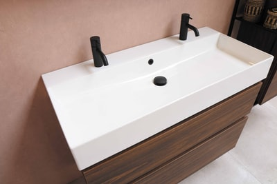 How to choose the right bathtub cabinet for your bathroom